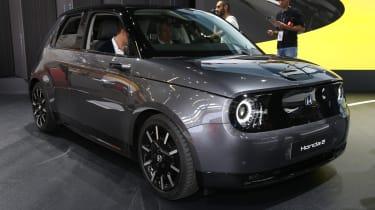 新的2020 Honda E:电动城市汽车从英国26万英镑起成本